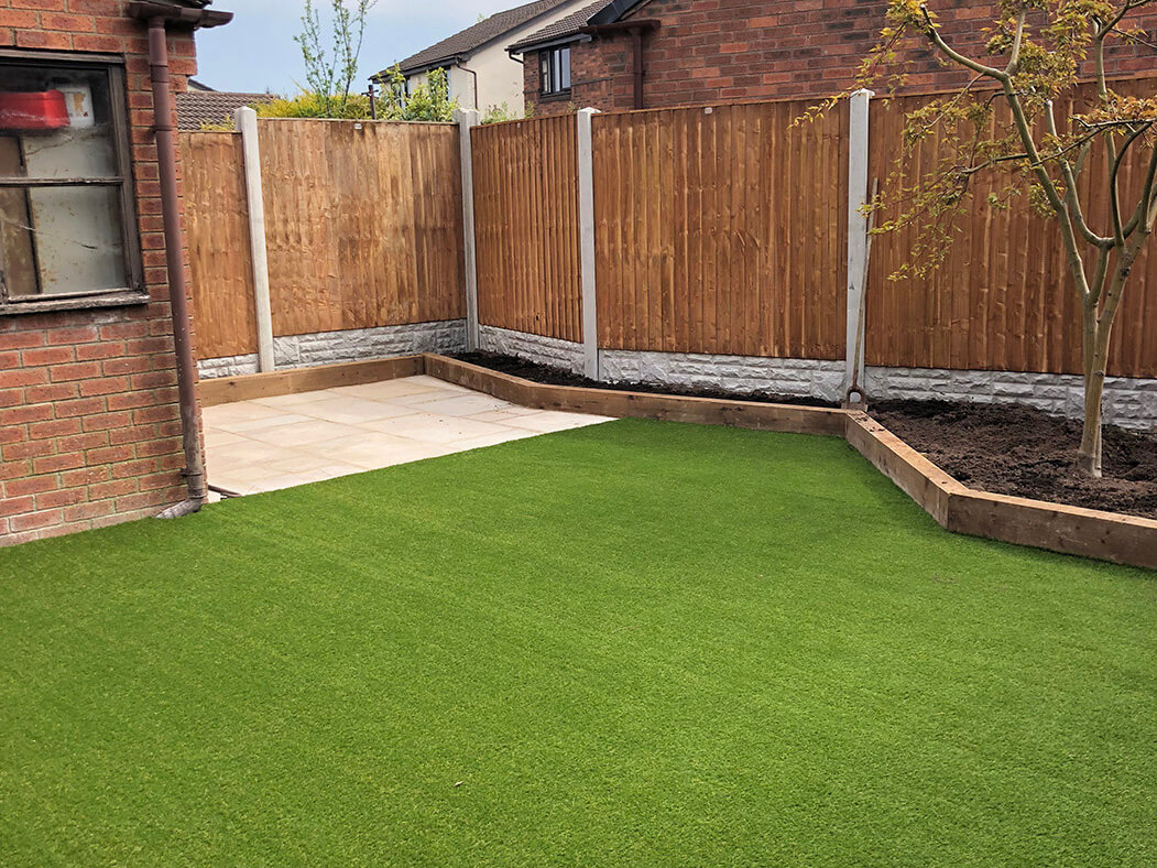 photo of artificial lawn and landscaping done in lancashire