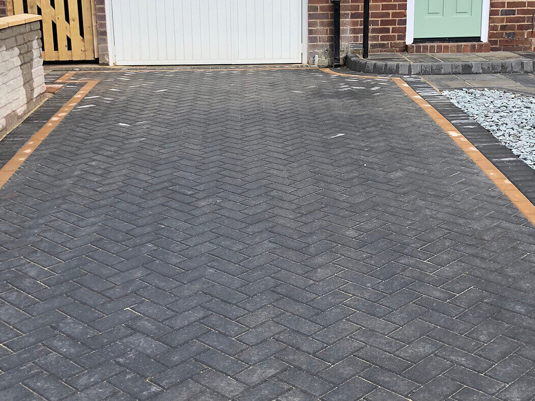 house view of block paving driveway done in lancashire
