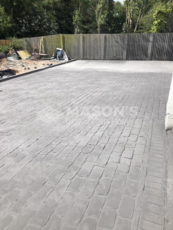 platinum cobble pattern concrete driveway in lancashire