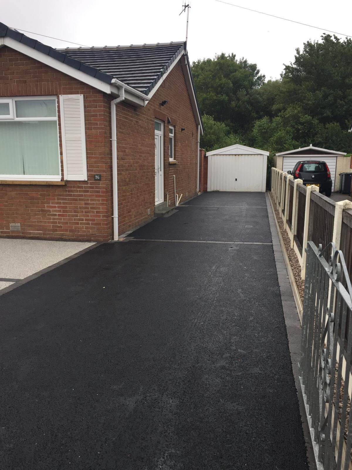 Silver Quartz Resin Driveway, view of tarmac, Lancaster, Lancashire