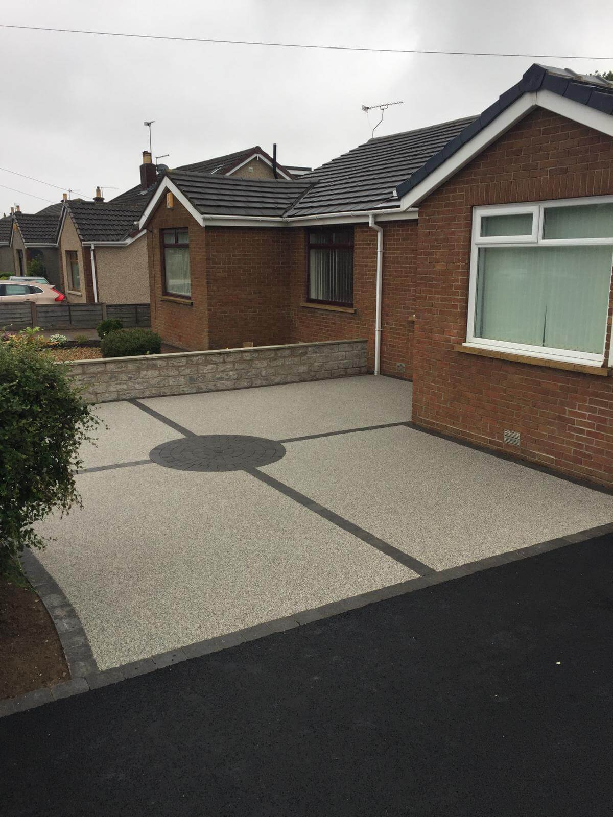 Silver quartz Resin Bound Driveway on house in Lancaster, Lancashire