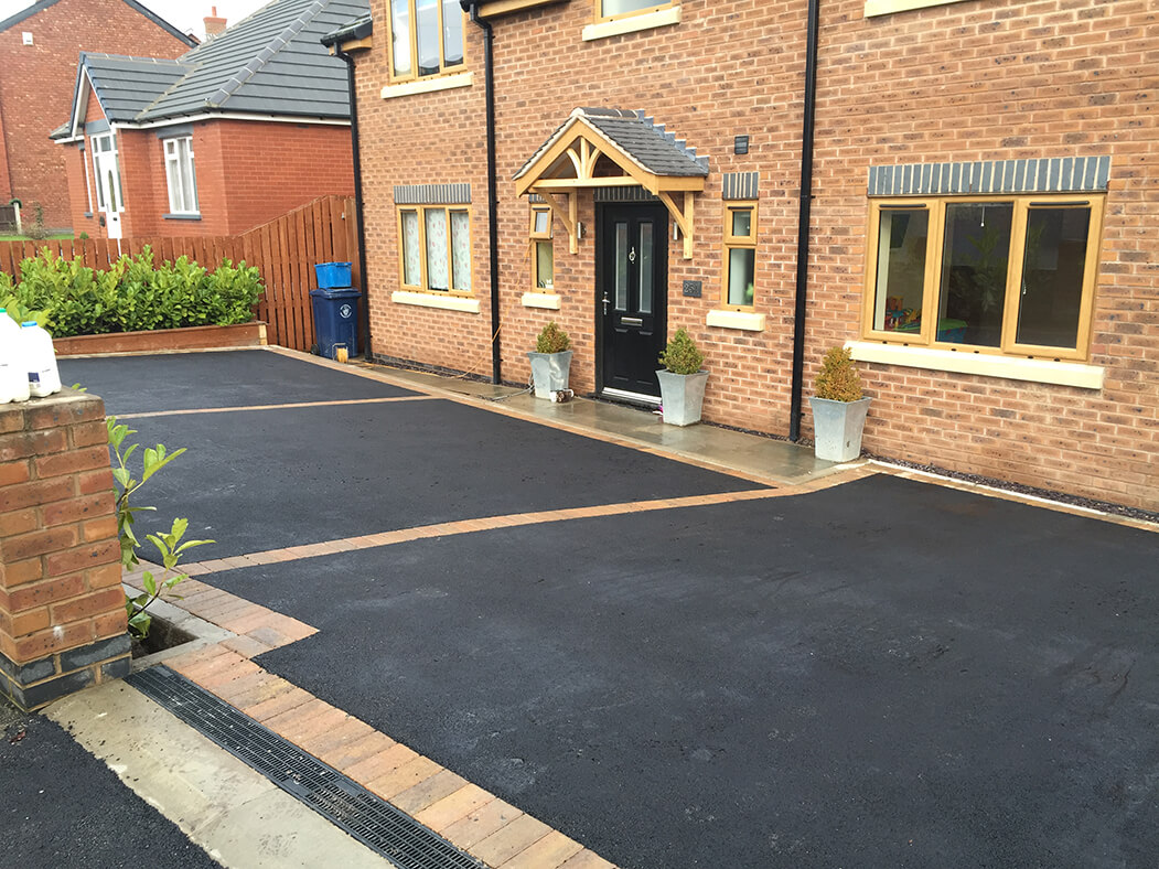 House view of Tarmac Driveway in Lancaster