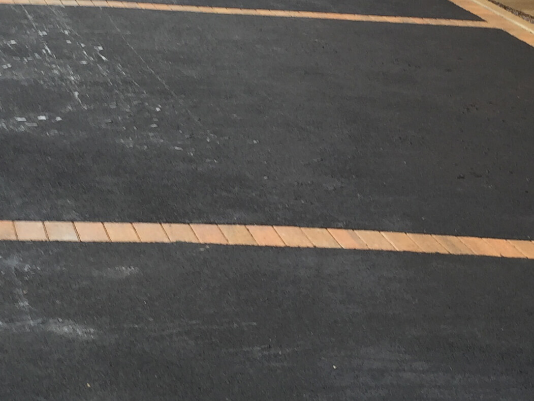 Details of Tarmac Driveway in Lancaster