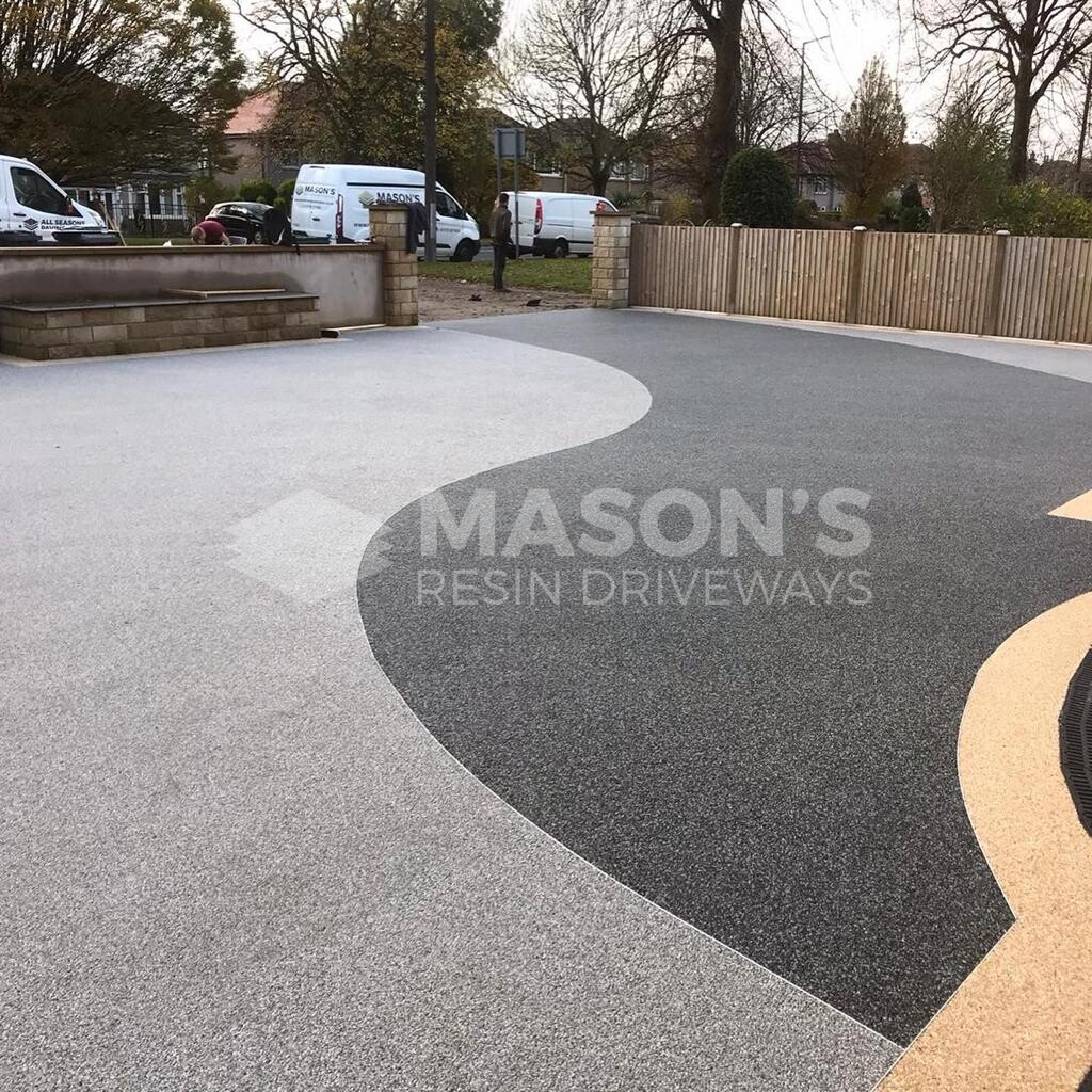 house view of resin bound driveway