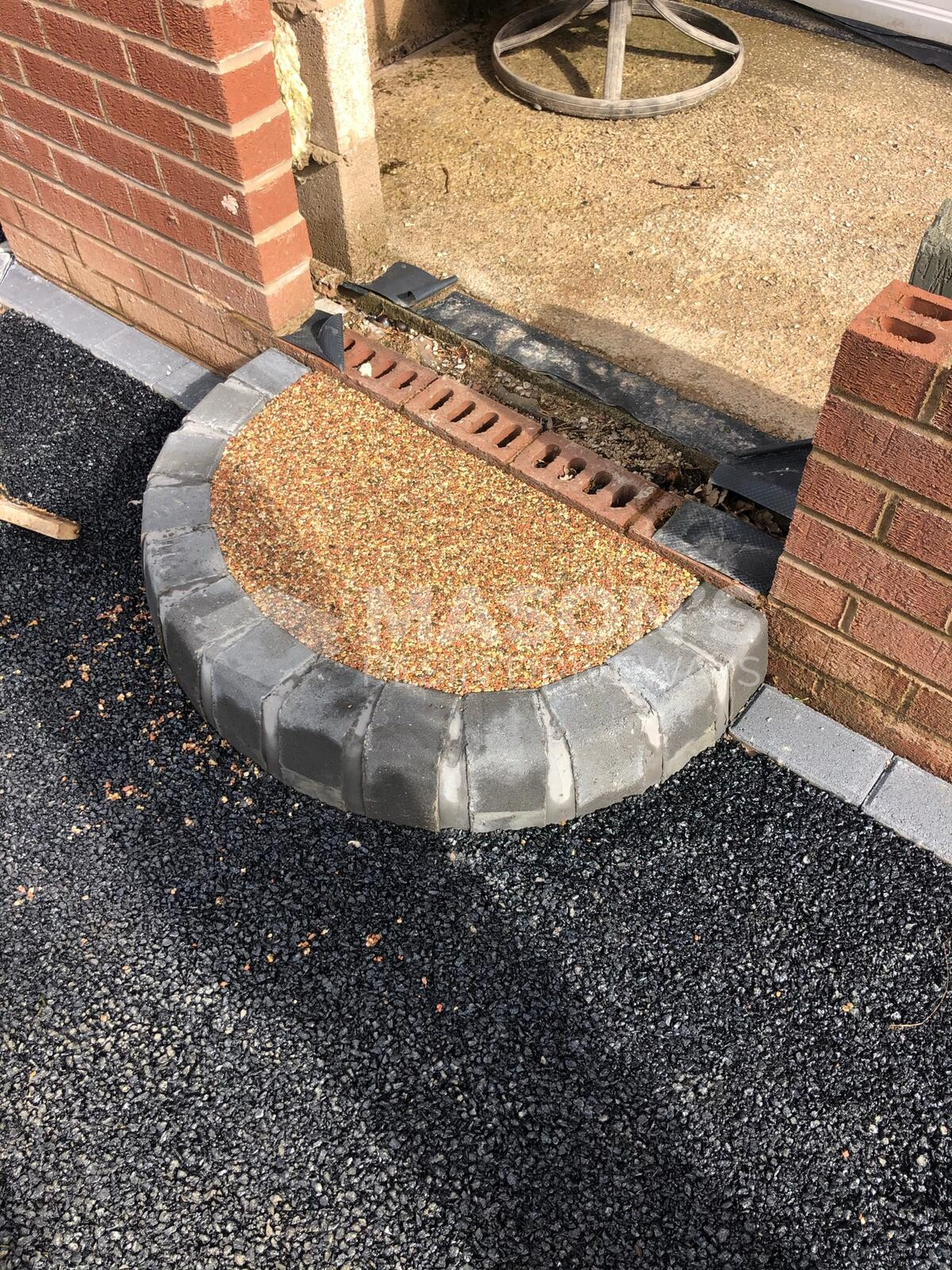 Tarmac and resin step